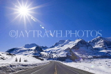 CANADA, Alberta, Jasper National Park, Rockies, sun shining over Columbia Icefield Parkway, CAN752JPL