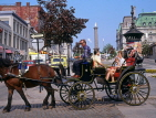 CANADA, Quebec, MONTREAL, Old Town, sightseeing Caleche (horse drawn carriage), CAN672JPL