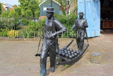 HOLLAND, Edam, Edam Cheese Market & Museum, sculpture, HOL800JPL