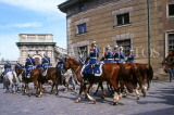 SWEDEN, Stockholm, Old Town (Gamla Stan), Royal Palace, Changing Of The Guard ceremony, SWE170JPL