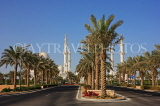 UAE, ABU DHABI, Sheik Zayed Mosque, and palm tree lined avenue, UAE659JPL