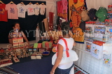 UAE, ABU DHABI, market stalls, shopper browsing, UAE701JPL