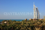 UAE, DUBAI, Burj al Arab Hotel, coast and palm trees, UAE324JPL