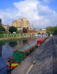 UK, Avon, BATH, River Avon and Pulteney Bridge, with narrowboats, BAT305JPL
