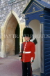 UK, Berkshire, WINDSOR CASTLE, guardroom sentry, UK6033JPL
