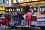 USA, California, SAN FRANCISCO, crowded Cable Car, US3434JPL