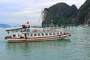 VIETNAM, Halong Bay, cruise boat and limestone formations, VT1856JPL