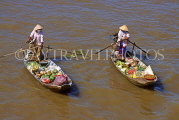 VIETNAM, Hoi An, Can Tho  Floating Market, sanpams with vegetables, VT512JPL