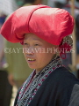 VIETNAM, Lao Cai province, Sapa, Red Yao woman with  turban, VT540JPL